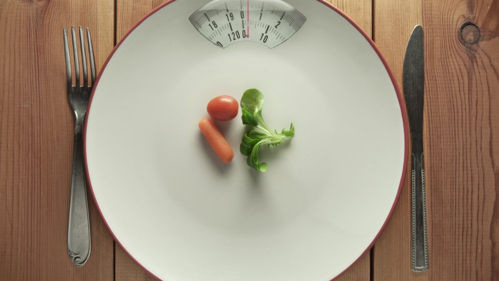 Don't even think about going on a crash diet. Here's why