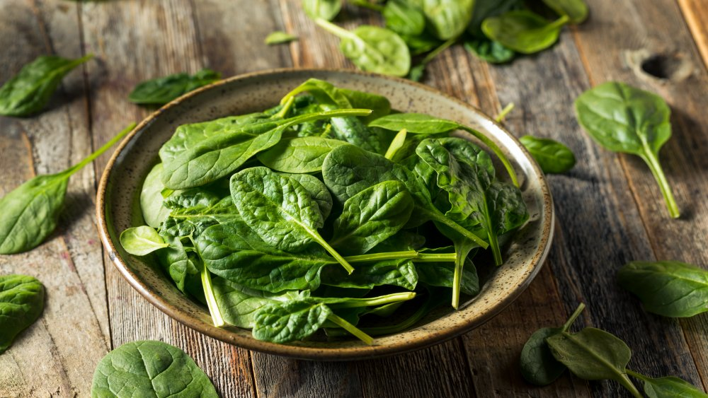 bowl of spinach
