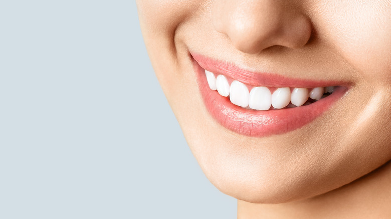 The real reason men are more attracted to women who smile