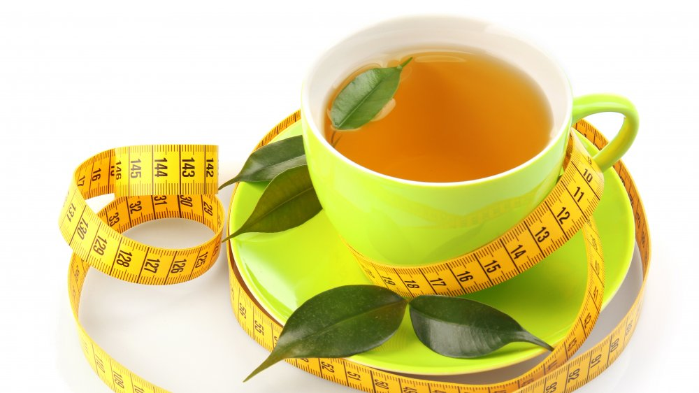 Is Drinking Detox Tea Actually Safe? - cover